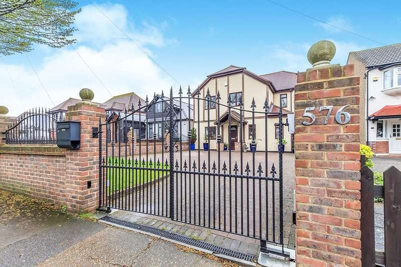 5 Bedrooms Detached House for sale in City Way, Rochester, ME1