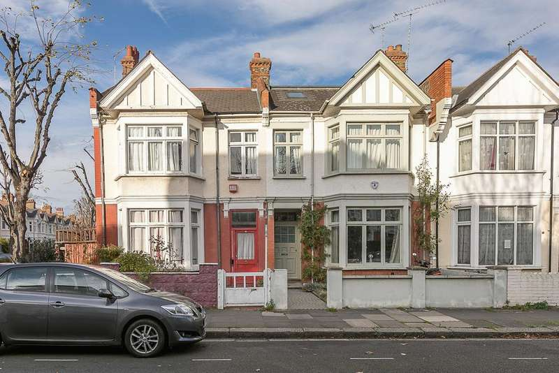 4 Bedrooms House for sale in Aldbourne Road, London, W12