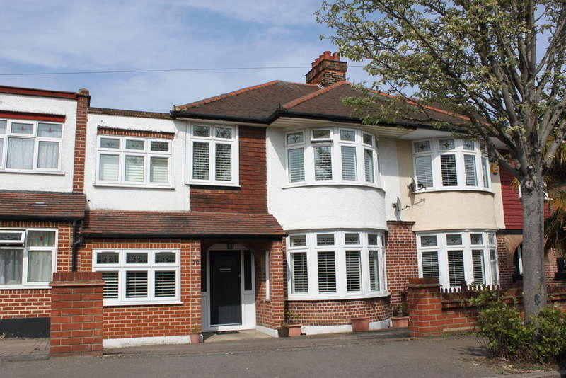 4 Bedrooms Terraced House for sale in Beverley Crescent