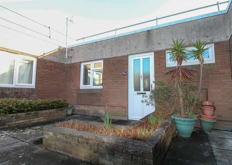 1 Bedroom Flat for sale in Somerset Square, Nailsea, North Somerset