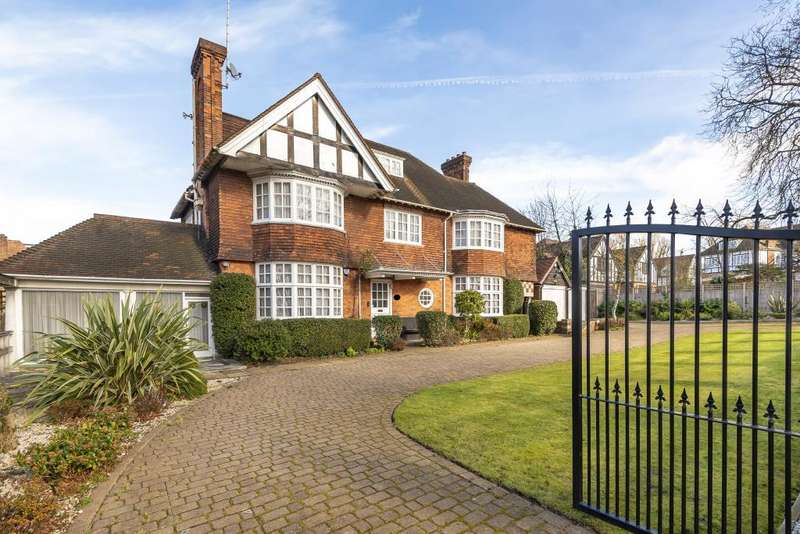 7 Bedrooms Detached House for sale in Hendon Avenue, London, N3