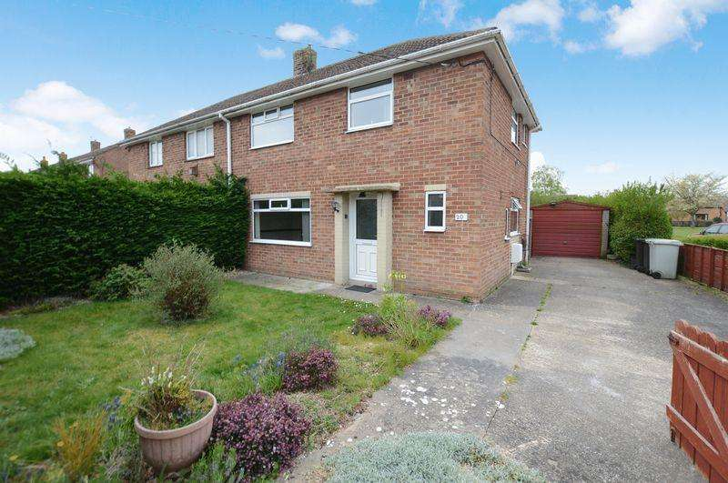 3 Bedrooms Semi Detached House for sale in 20 King Edward Avenue, Woodhall Spa