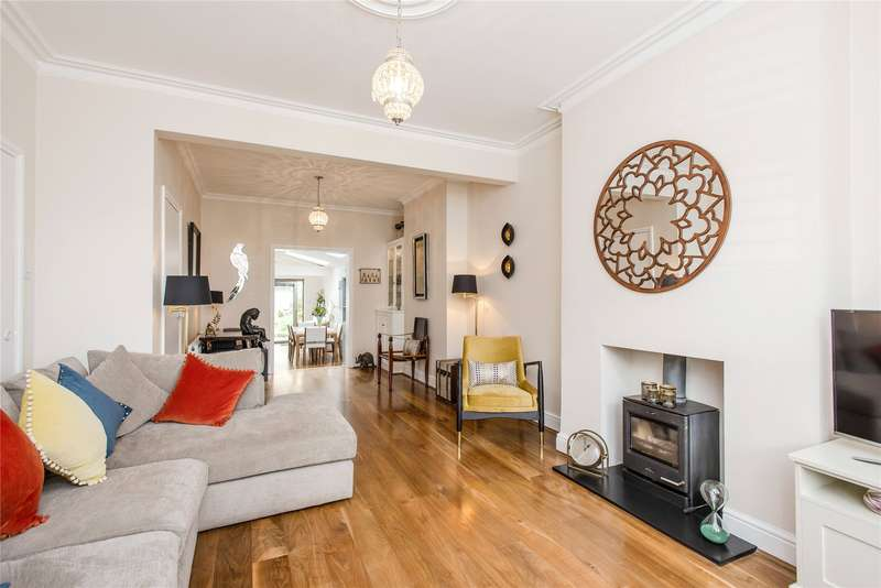 3 Bedrooms Terraced House for sale in Balvernie Grove, Southfields, London, SW18