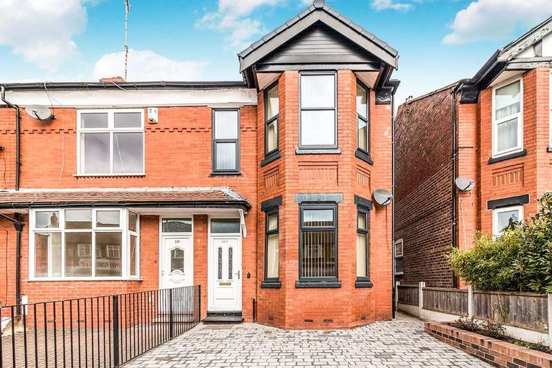 3 Bedrooms Terraced House for rent in Ayres Road, Manchester, M16