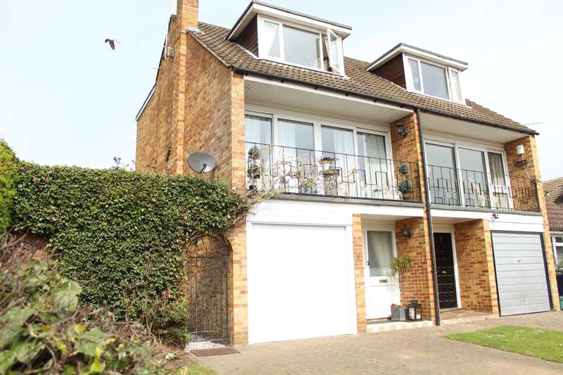 3 Bedrooms Town House for sale in Tilecotes Close, Marlow