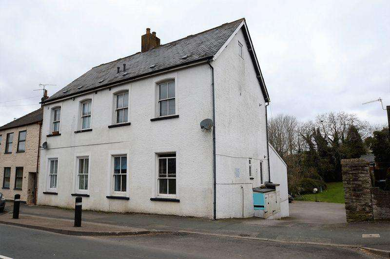 1 Bedroom Apartment Flat for sale in Coleford, Gloucestershire