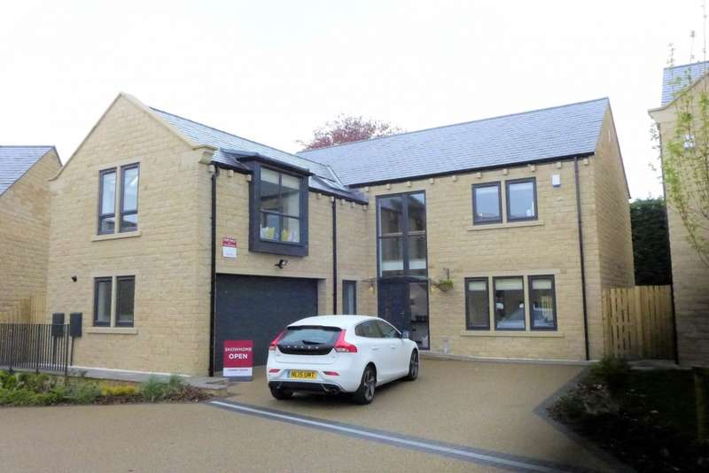 5 Bedrooms Detached House for sale in Stocksmead Court, Huddersfield, HD4