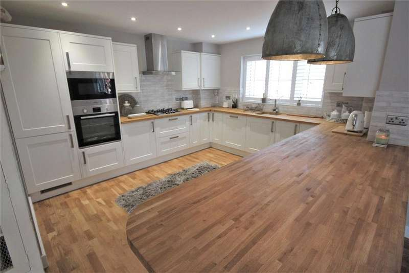 4 Bedrooms Detached House for sale in Primrose Hollow, Upgate, LN11
