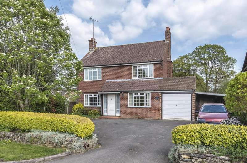 3 Bedrooms Detached House for sale in Ball Hill , Newbury RG20