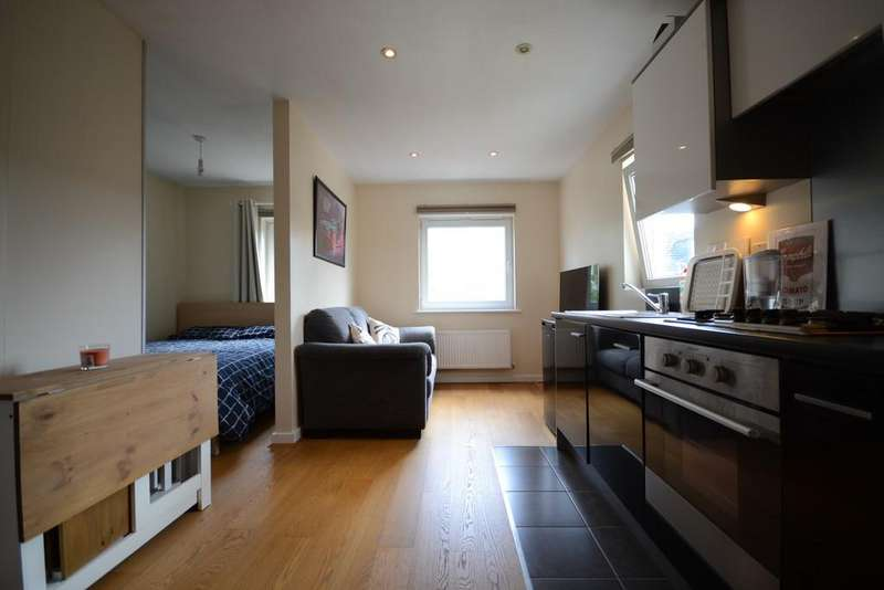 1 Bedroom Apartment Flat for sale in Flat 1, Tean House, Havergate Way