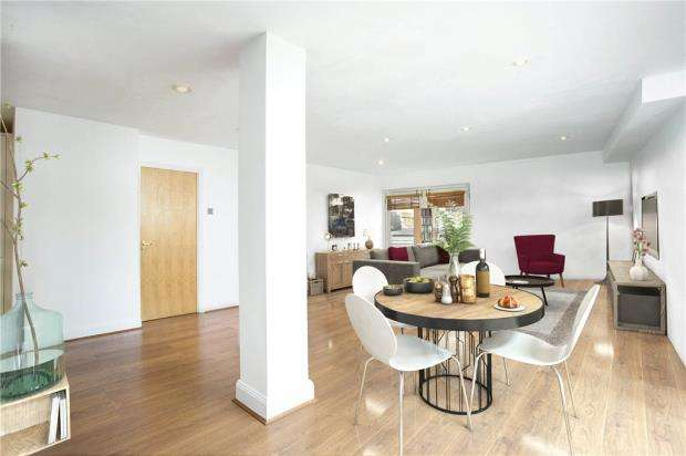 2 Bedrooms Flat for sale in St. Andrews Wharf, 12 Shad Thames, London