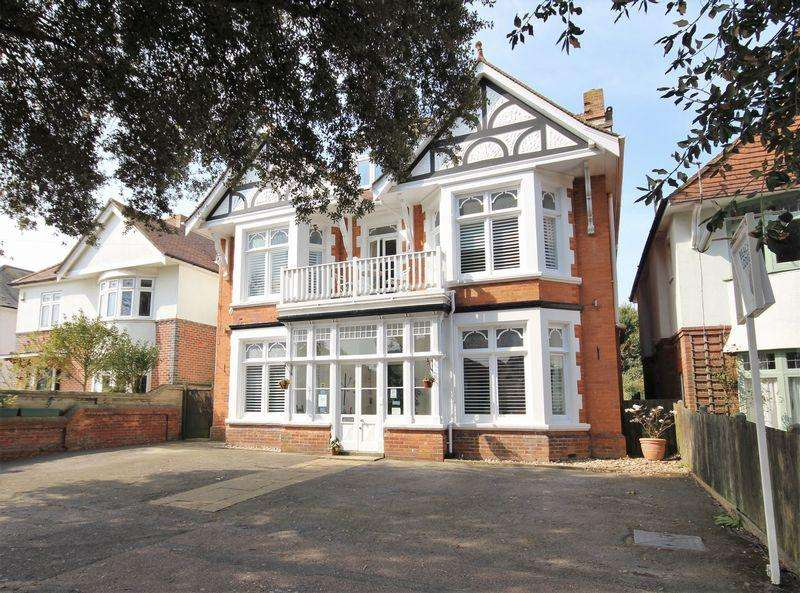 10 Bedrooms Detached House for sale in Grand Avenue, Southbourne, Bournemouth