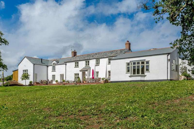 6 Bedrooms Detached House for sale in Rose Ash, South Molton, Devon