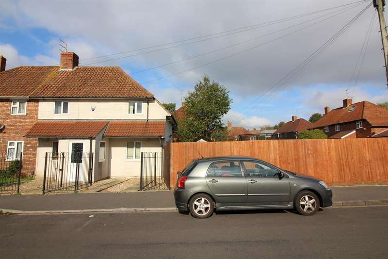 3 Bedrooms Semi Detached House for sale in Heathcote Road, Fishponds, Bristol, BS16 4DL
