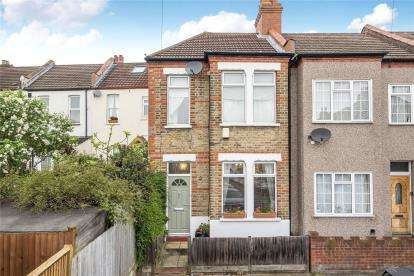 2 Bedrooms End Of Terrace House for sale in Kimberley Road, Beckenham