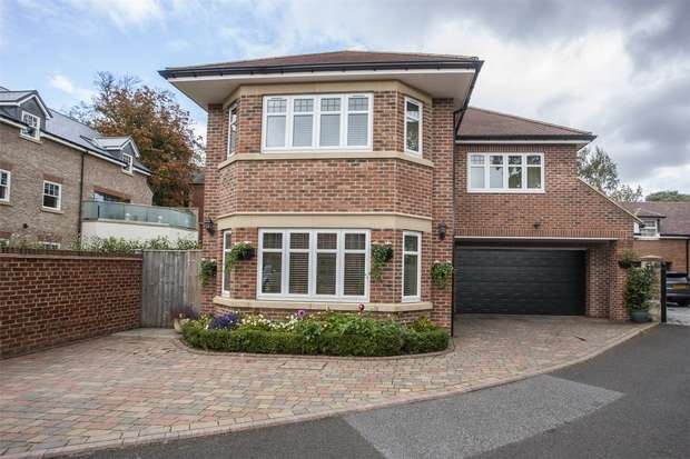 6 Bedrooms Detached House for sale in Bishops Gate, North End, Durham