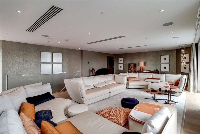 2 Bedrooms Penthouse Flat for sale in Bezier Apartments, 91 City Road, City, London, EC1Y
