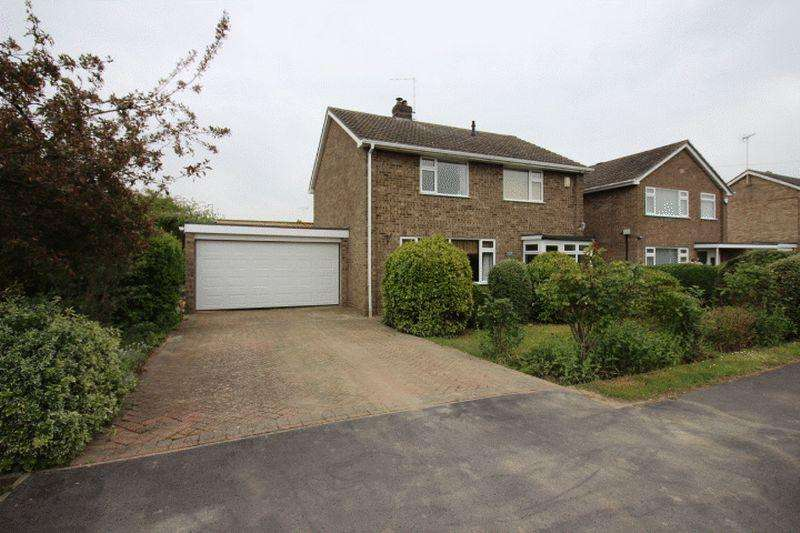 4 Bedrooms Detached House for sale in Beech Avenue, Bourne, PE10 9RR