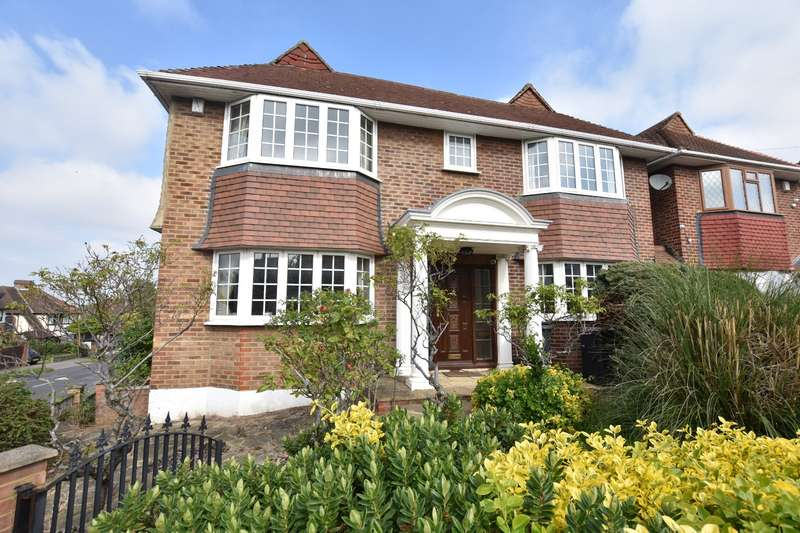 4 Bedrooms Detached House for sale in Christian Fields, London