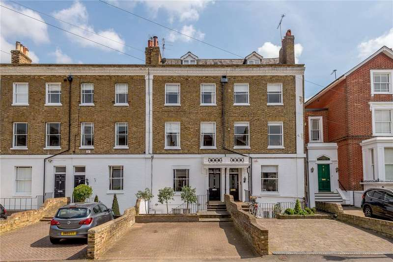 4 Bedrooms Semi Detached House for sale in Trinity Place, Windsor, Berkshire, SL4