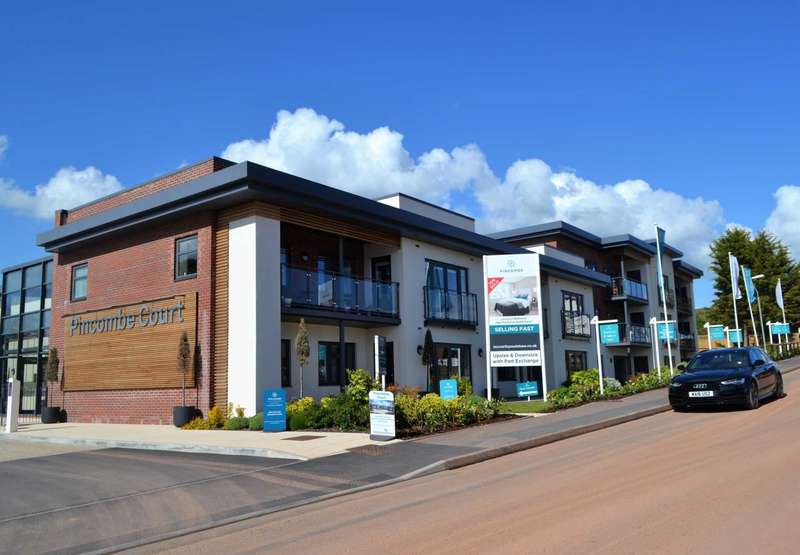 2 Bedrooms Flat for sale in The Victoria, Pincombe Court, Buckingham Close