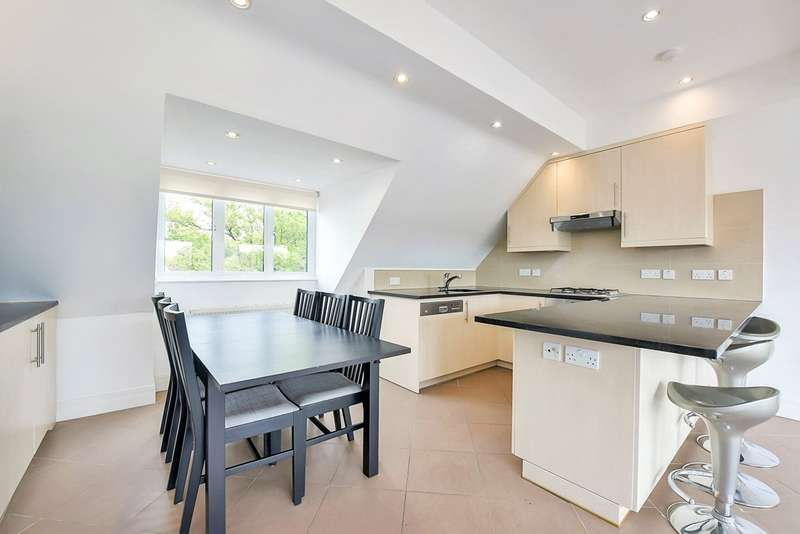 3 Bedrooms Flat for rent in Amherst Road, Ealing, London, W13