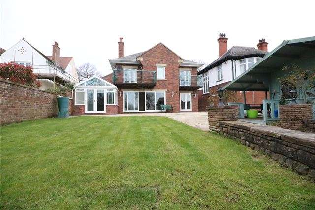 5 Bedrooms Detached House for sale in Brampton Road, Carlisle, Cumbria, CA3 9AW