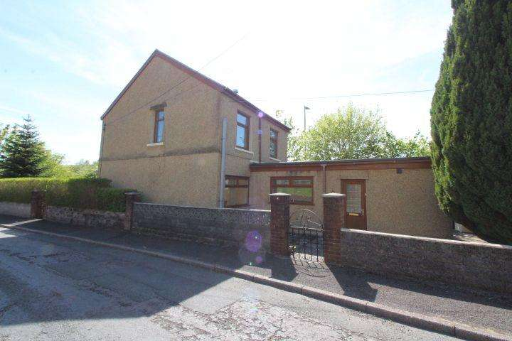 3 Bedrooms Detached House for sale in Bethel Avenue