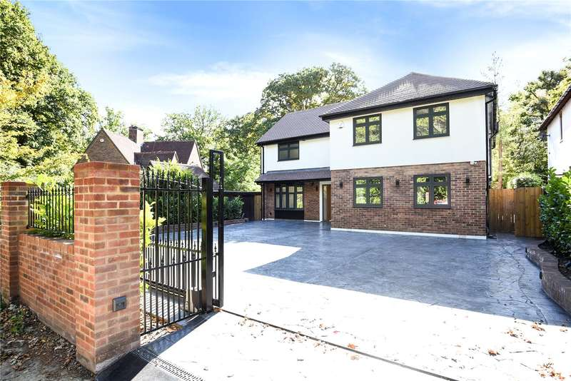 5 Bedrooms Detached House for sale in Northgate, Northwood, Middlesex, HA6