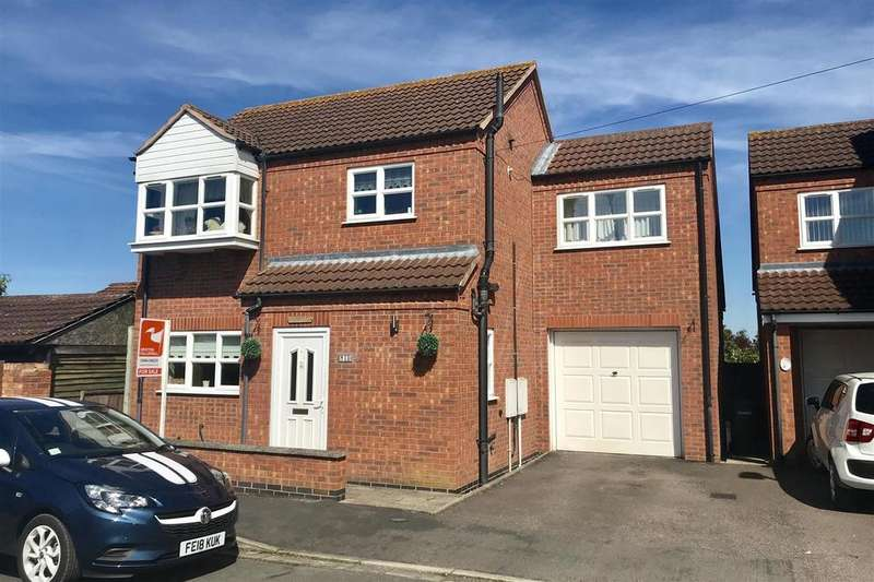3 Bedrooms Detached House for sale in Tennyson Way, Melton Mowbray