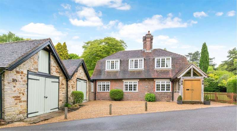4 Bedrooms Detached House for sale in Duddleswell, Uckfield