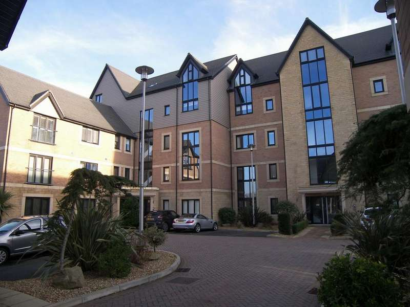 2 Bedrooms Apartment Flat for rent in Victory Boulevard Lytham Lytham St Annes