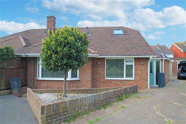 4 Bedrooms Chalet House for sale in Roman Way, Southwick