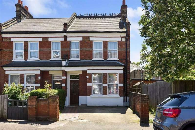 3 Bedrooms Semi Detached House for sale in Barmeston Road, London