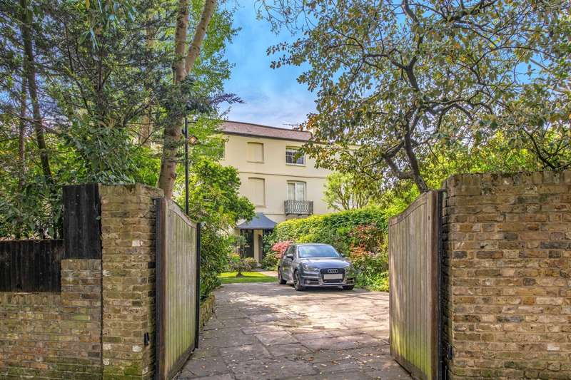 4 Bedrooms House for sale in South End Road, Hampstead