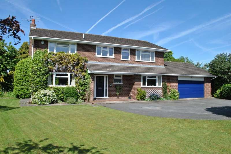 4 Bedrooms Detached House for sale in Pochard Avenue, Winsford