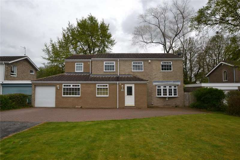 4 Bedrooms Detached House for sale in Lorimers Close, Peterlee, Co. Durham, SR8