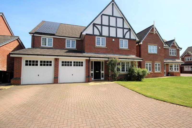4 Bedrooms Detached House for sale in Godolphin Close, Eccles