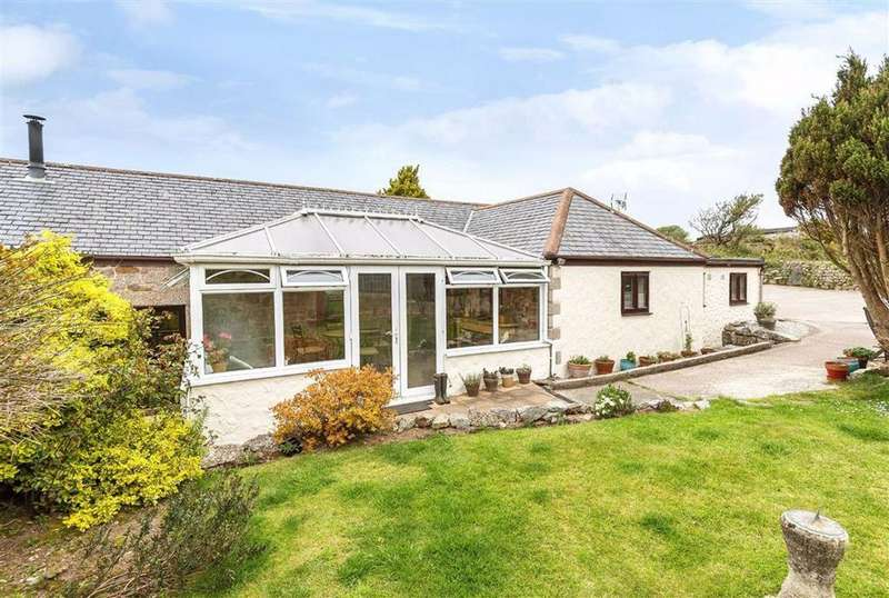 3 Bedrooms Detached House for sale in Wendron, Helston, TR13
