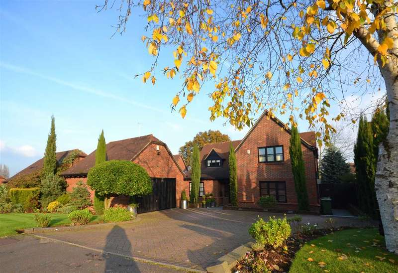 4 Bedrooms Detached House for sale in Heritage View, Harrow on the Hill