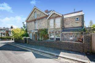 5 Bedrooms Semi Detached House for sale in Priory Grove, Dover, Kent, .