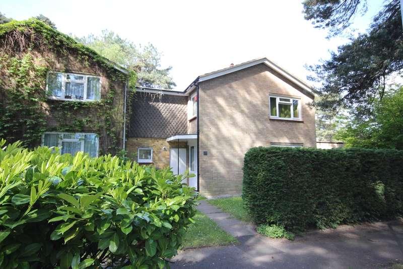 4 Bedrooms Semi Detached House for sale in Bluecoat Walk, Bracknell