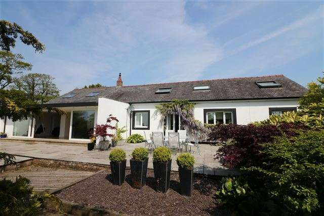 5 Bedrooms Detached House for sale in South House, Brampton, Carlisle, Cumbria, CA6 4NQ