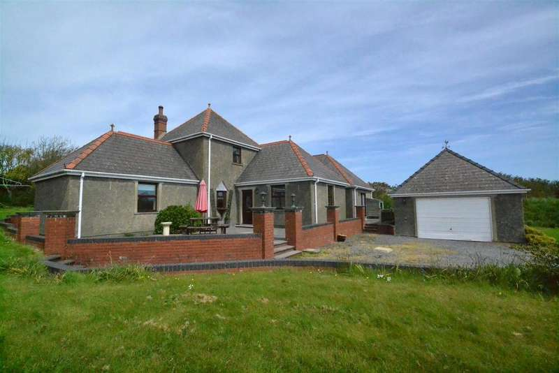 3 Bedrooms Detached House for sale in New Hill, Goodwick