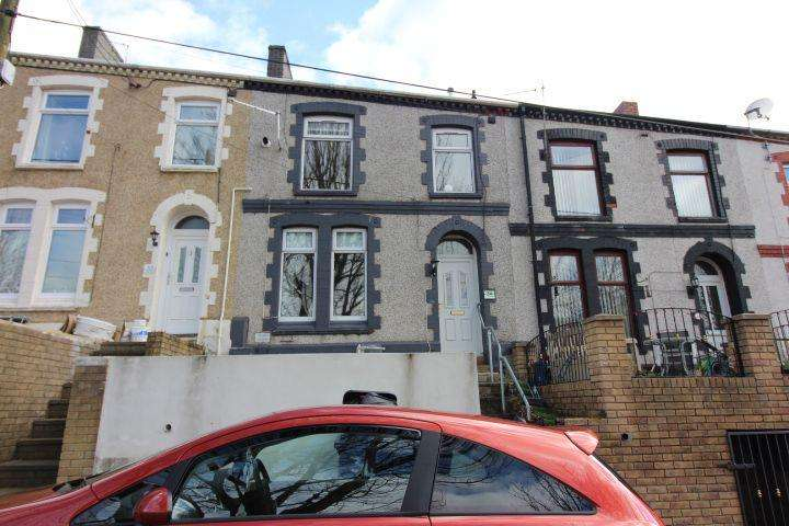 4 Bedrooms Terraced House for sale in Hillside