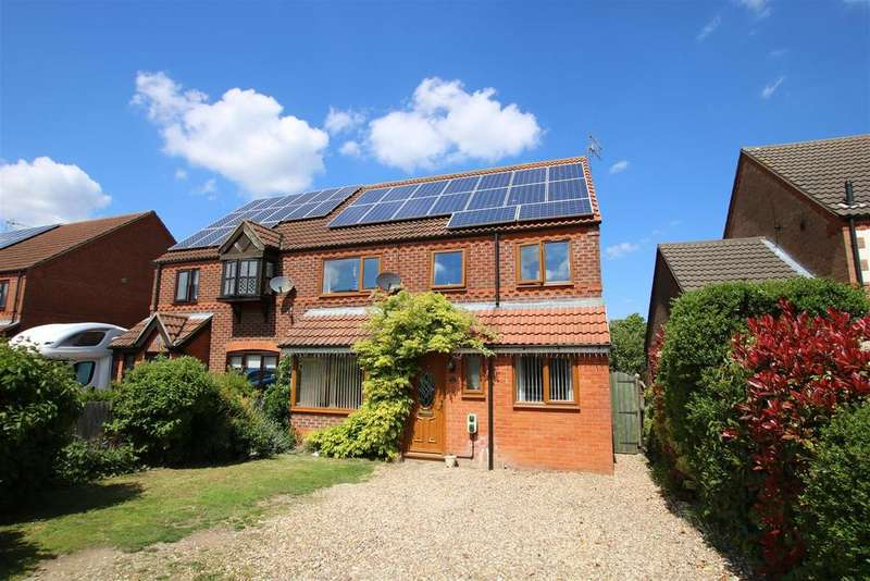 4 Bedrooms Semi Detached House for sale in Elmtree Road, Ruskington, Sleaford