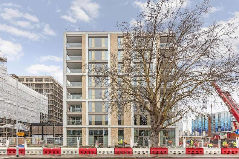 3 Bedrooms Flat for sale in Huntington House, Prince of Wales, London SW11