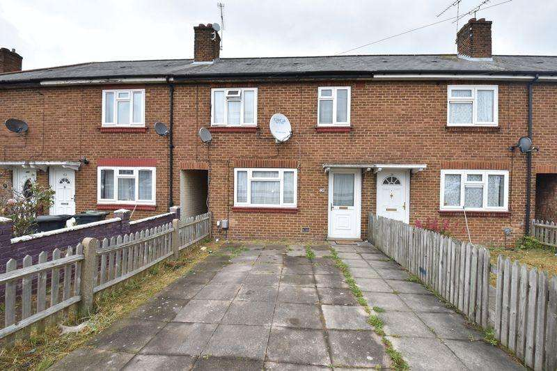3 Bedrooms Terraced House for sale in Bristol Road, Luton
