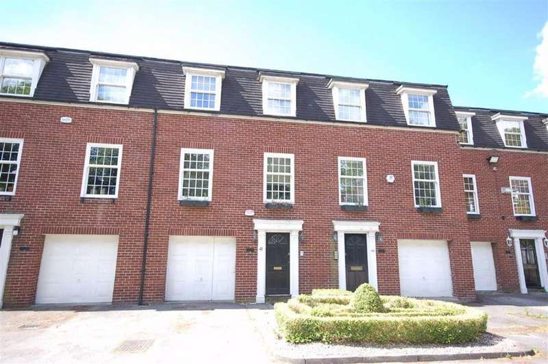 5 Bedrooms Terraced House for sale in Willow Bank, Fallowfield, Manchester
