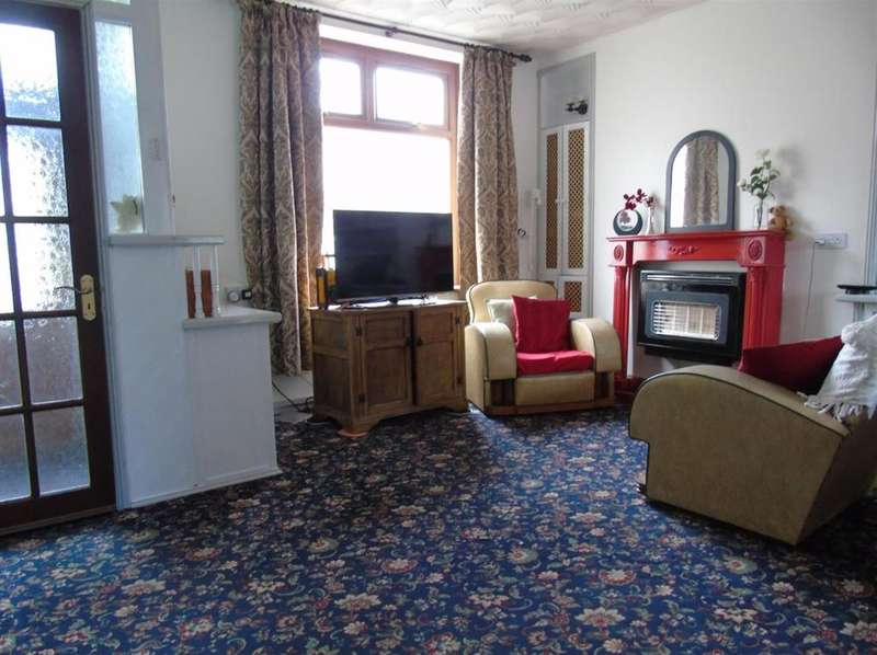 3 Bedrooms Terraced House for sale in Gwendoline Street, Treherbert, Treorchy